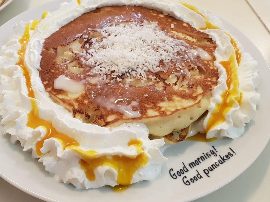 恩納村のハワイアンパンケーキパニラニではボリューミーな朝食を!