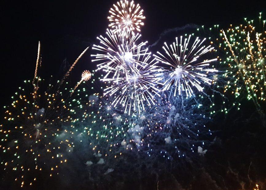 沖縄の花火大会おすすめ7選を紹介!旅行できた人も楽しもう