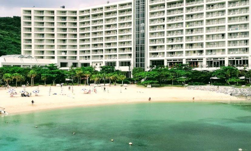 ルネサンス沖縄でイルカと触れ合う思い出リゾート!大興奮の子供たち